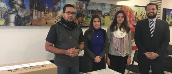 Primer día de votaciones presidenciales en Asunción